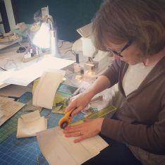 @dianalubliner is working on some paper piecing blocks. #svmqgretreat by siliconvalleymqg