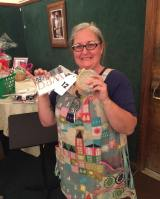 Jan did such an amazing job of organizing the raffle prizes for our retreat this weekend! Thank you to all of the shops and individuals who donated to help our guild raise some money! How adorable is @rochellerosales5 in her sewing apron and with her